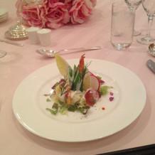 鱒とエビのサラダ