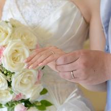 白ドレスの時の生花ブーケ