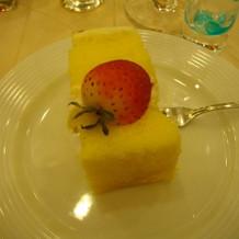 ブッフェがあるのでケーキは小さめ