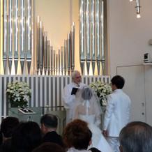 素敵な牧師さんとクリスタルチャペル