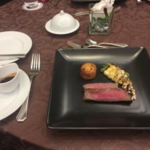 国産牛のステーキ。