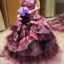 佐々木希ドレス。定価34万円