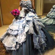 佐々木希ドレス。定価32万円