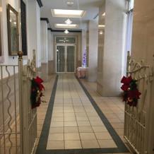 披露宴会場までの廊下