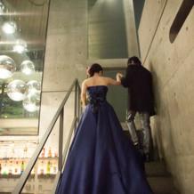 カラードレスは綺麗な青