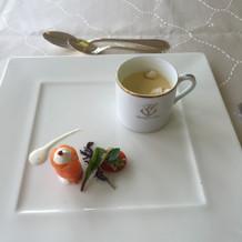 自家製サーモンマリネとスープ
