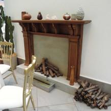 披露宴会場内の暖炉