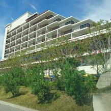 同じ敷地内のホテル蓮