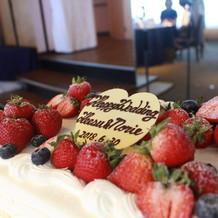 ウェディングケーキです!!