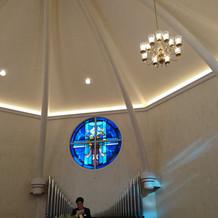教会内部 正面