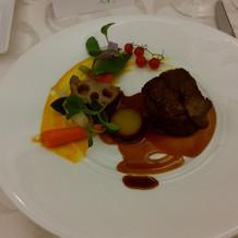 黒毛和牛フィレ肉のポワレ トリュフソース