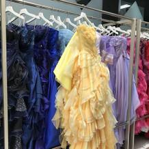 ドレスの一部
