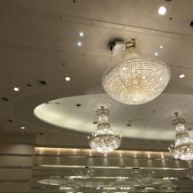 二階披露宴会場照明