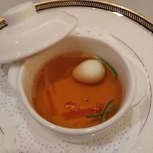 金箔入りの贅沢なスープ