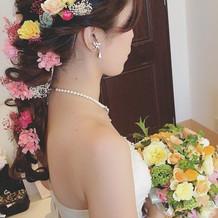 ウエディングドレスお花メイン