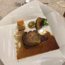 メインのフィレ肉。フォアグラ付き