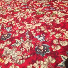 会場内の絨毯