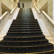 みんなの顔が見える大階段