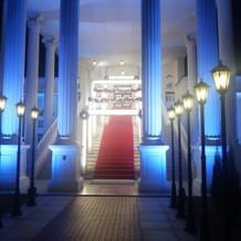 豪華な大階段