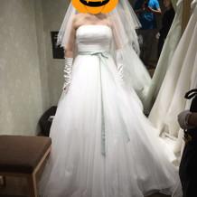 プラス10万円ドレス