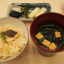 祝鯛の土鍋炊き込み御飯