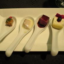 前菜、魚、お肉、デザート