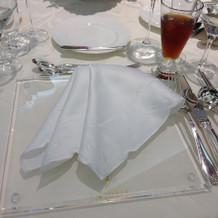 テーブル(着席前の様子)