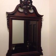 トイレ内の鏡