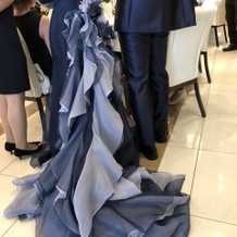 マーメイドラインのドレス。