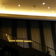 階段入場ができる。