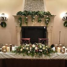 披露宴会場のお花等の装飾一例です