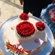ウェディングケーキ一例です
