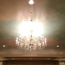 披露宴会場 照明