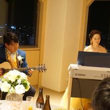 エレクトーンとギター演奏