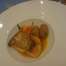 お魚料理の写真