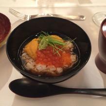 こちらも和食。締めの雑炊です。