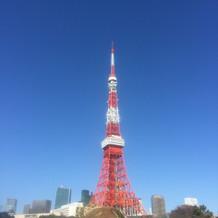 チャペル横に見える東京タワー。