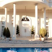 プールにも装飾出来る。