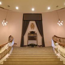 シンデレラに出てくるような大階段