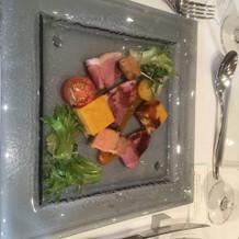 前菜(冷製)フォアグラと鴨のスモーク