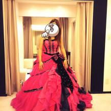 上戸彩のブランドドレス