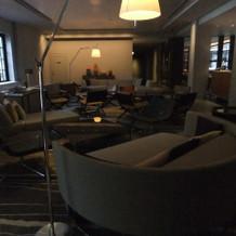 ホテルのロビー