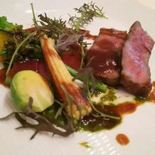 柔らかいお肉と、甘味のある野菜