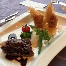 魚料理と肉料理