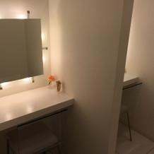 トイレ 化粧室