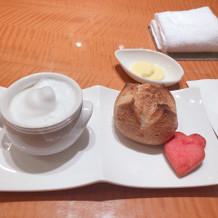 パンとスープの試食