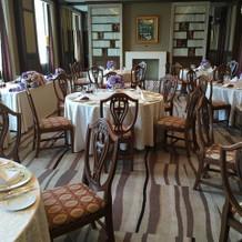 食事会用の部屋。
