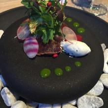 肉料理も魚料理も柔らかく美味しかった。