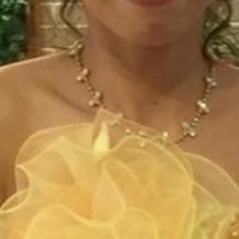 カラードレスのネックレス