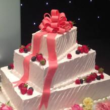 少し高いけど、かわいいケーキ